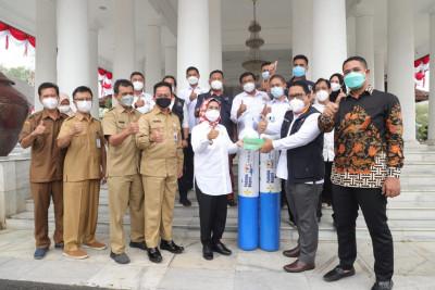 pemkab-serang-kadin-banten-sinergi-bantu-warga-terdampak-pandemi